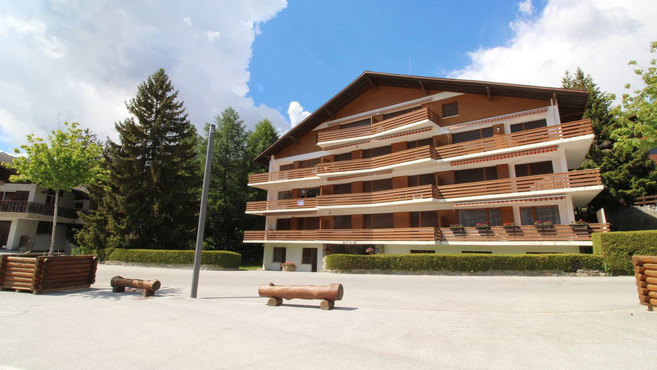 Le Bisse Apartments, Switzerland