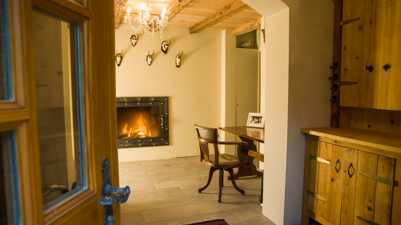 Edelweiss Apartments, Switzerland