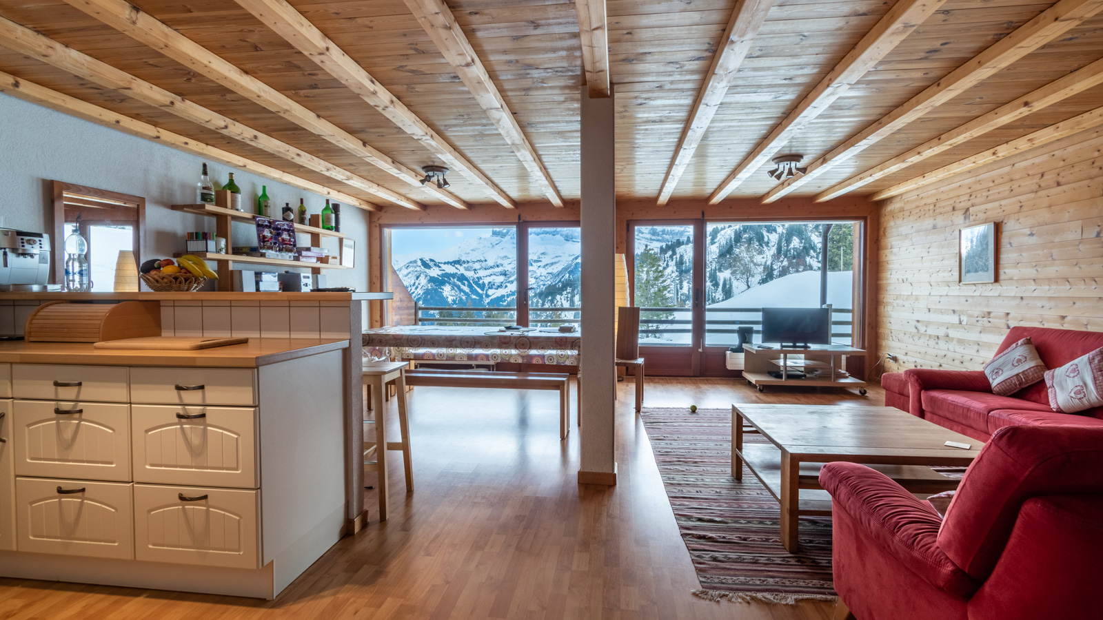 Le Midi Apartments, Switzerland