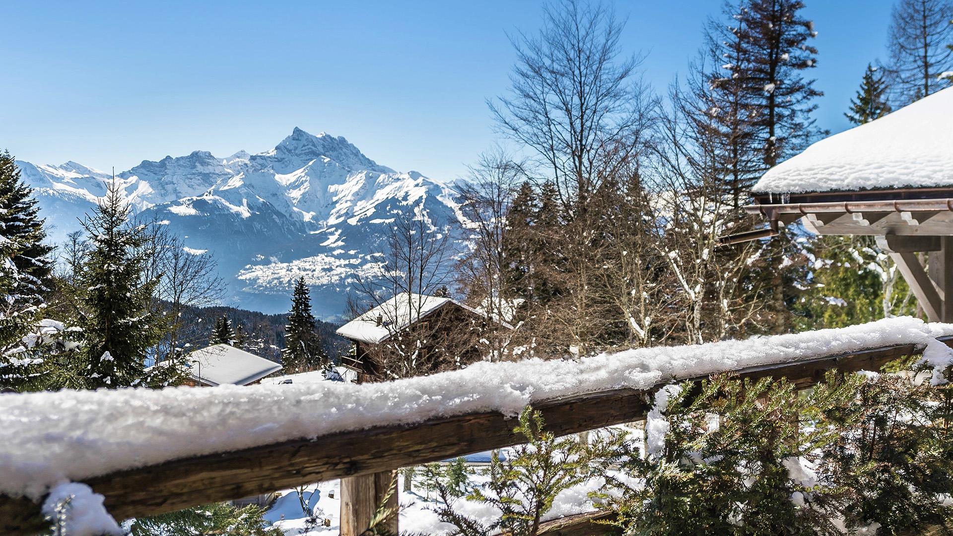 Chalet Fleur des Neiges Chalet, Switzerland