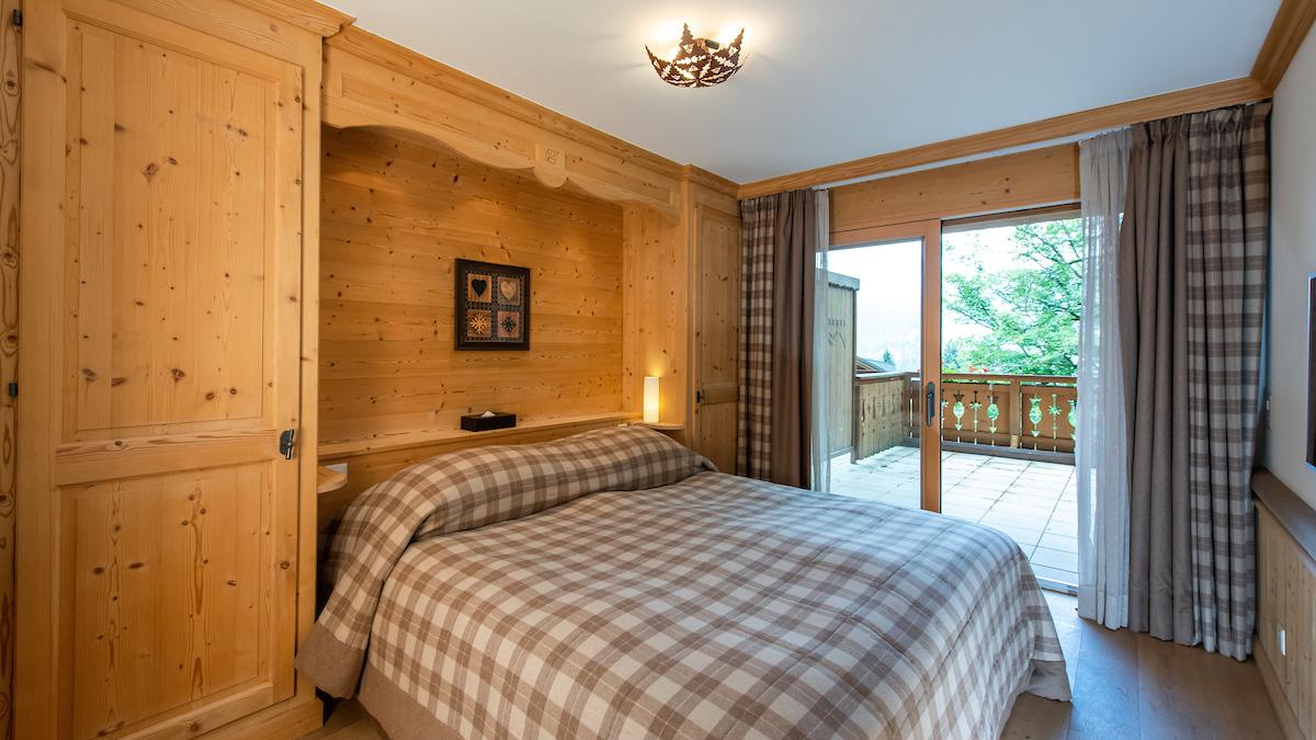 Royalp 12D Apartments, Switzerland