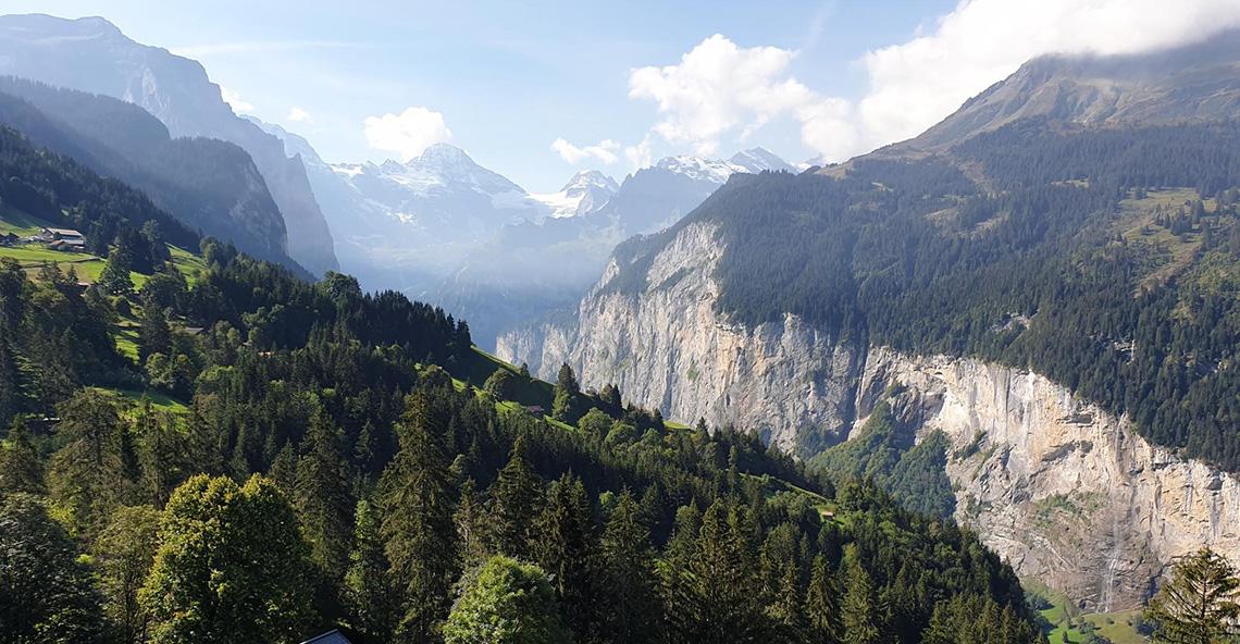 Chalet Bosnek Apartments, Switzerland